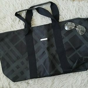 Women s Burberry Duffle Bag on Poshmark 235a0f64e3352